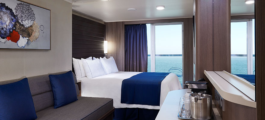Mid-Ship Mini-Suite with Balcony, MC