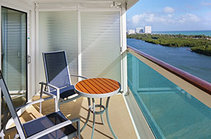 Spacious Oceanview with Balcony, 1B